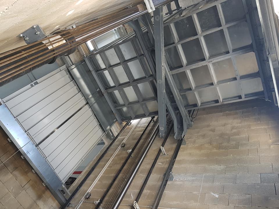Industrial Area Car Lift 3